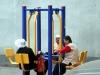 Miejska siłownia w roli stolika